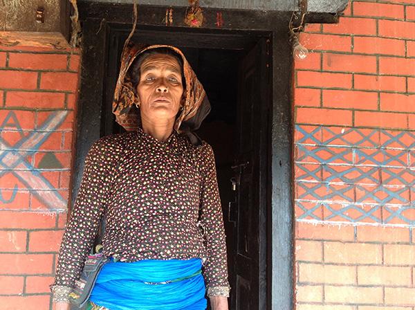 Die nepalesische Frau Ushu